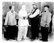 THE THREE STOOGES - 376J - WITH CONDUCTOR