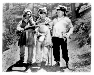 THE THREE STOOGES - 376N - Fishing